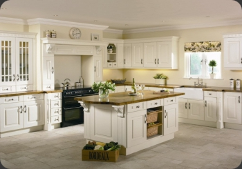 Traditional Kitchens alder interiors - traditional kitchens